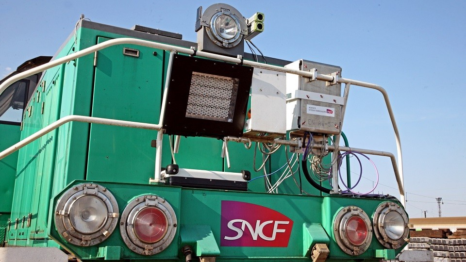 Cameras-and-sensors-of-SNCF-autonomous-train